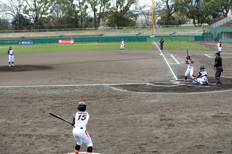 女子プロ野球の試合
